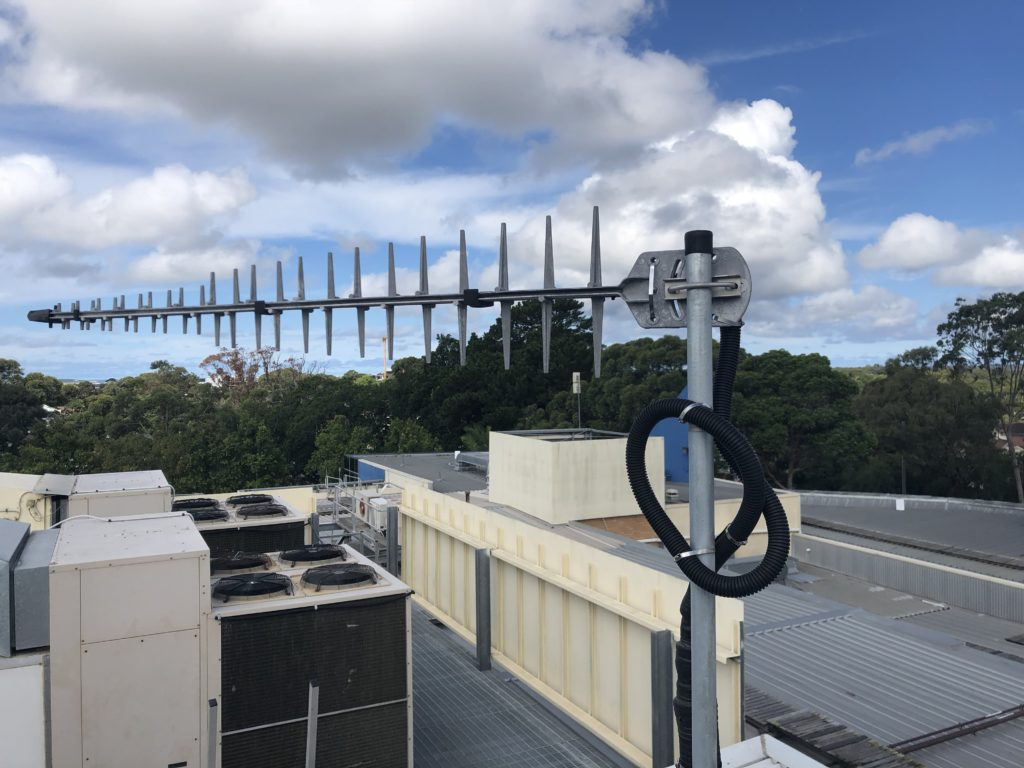 4g repeater, Indoor 4G Repeater- Improving reception in Function facilities